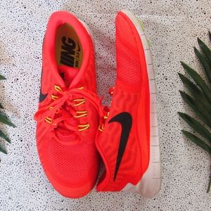 NIKE FREE 5.0 Bright Orange Sneakers
